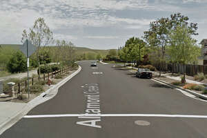 2 men shot dead in quiet Livermore neighborhood - Photo