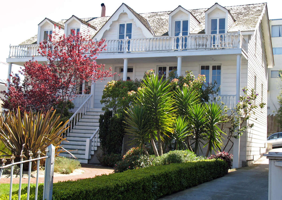 The Phelps House is thought to be one of the oldest unaltered residences in San Francisco. It was built in 1850-51.