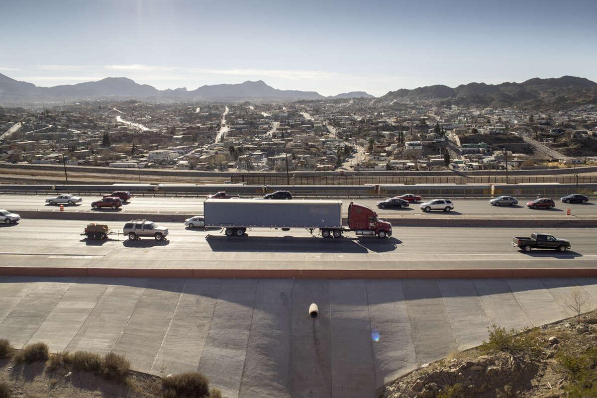 Municipality: El PasoTransit access score: 1.0