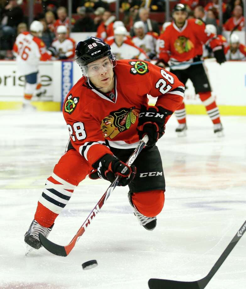 Ben Smith is the newest member of the San Jose Sharks, having been acquired from Chicago in exchange for Andrew Desjardins. Photo: Andrew Nelles / Andrew Nelles / Associated Press / FR170974 AP