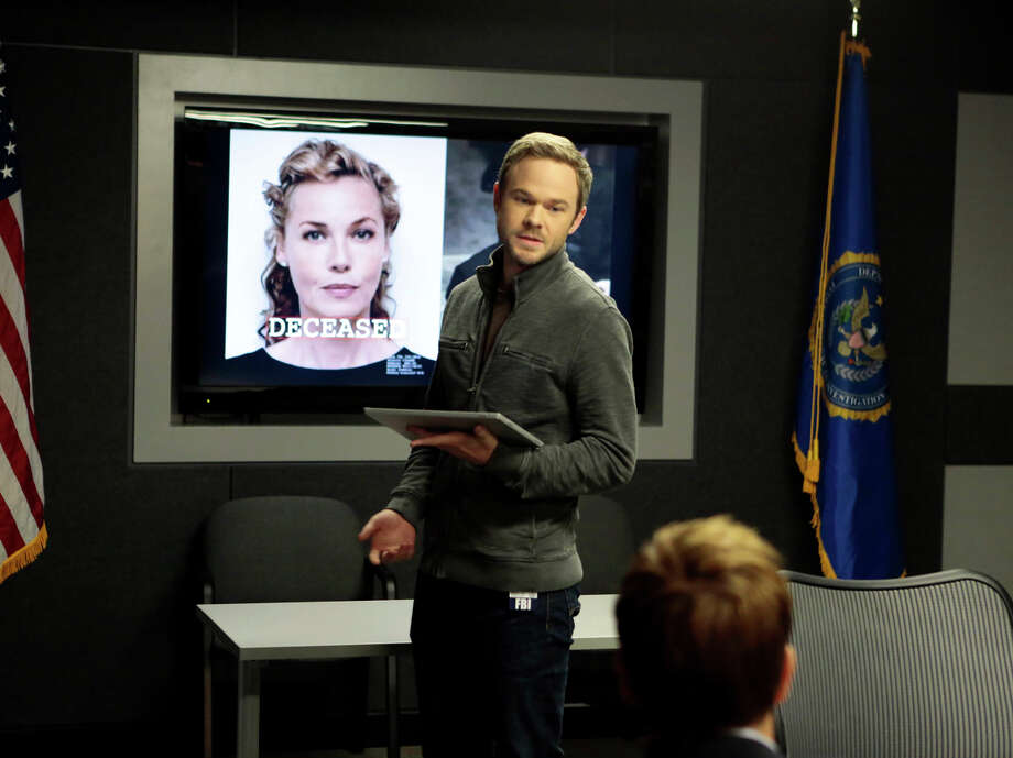 "Shawn Ashmore, as agent Mike Weston, updates the FBI team in the season premiere episode of the Fox network show ""The Following."" Photo: Giovanni Rufino / Associated Press / Fox"