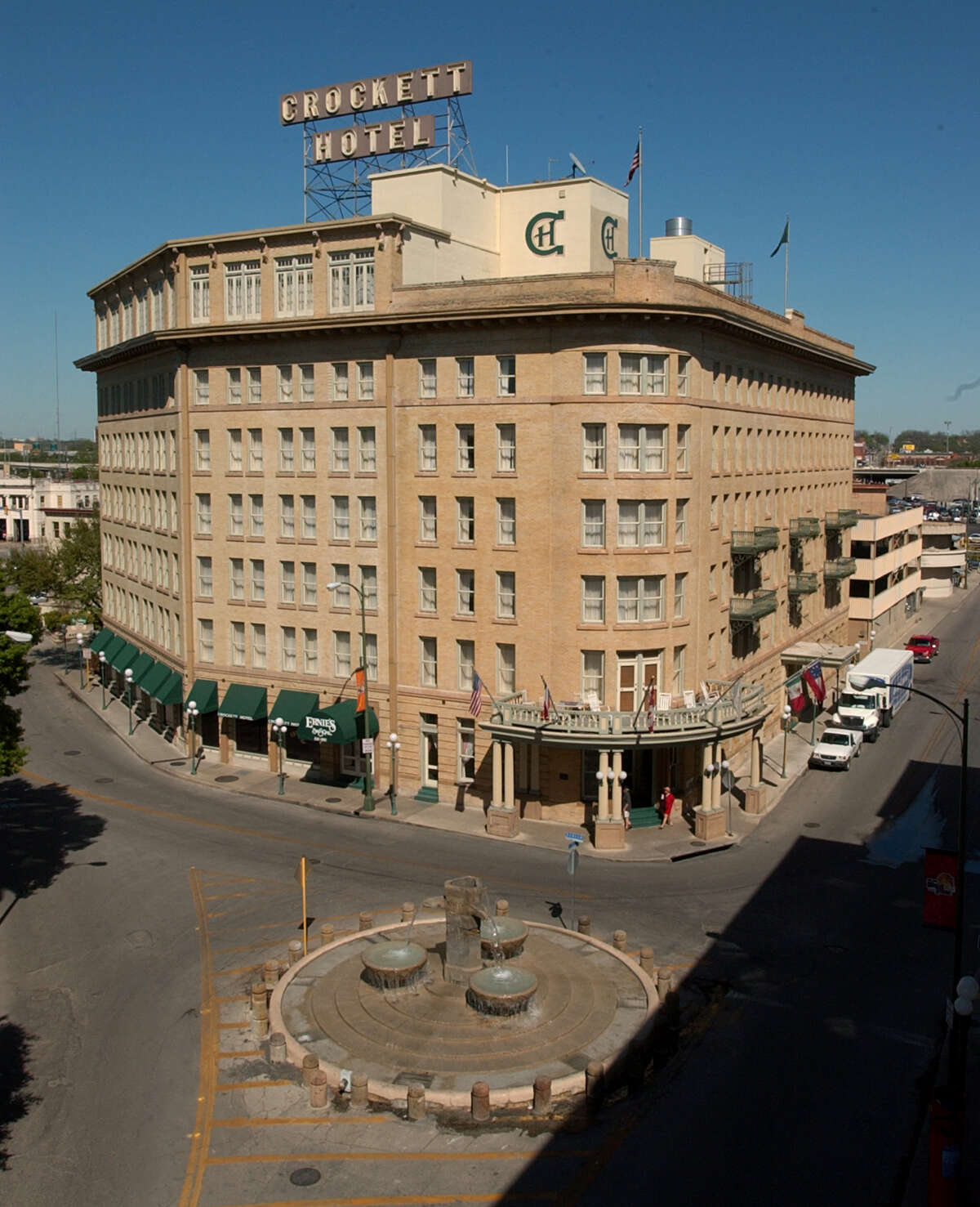 The Crockett Hotel, photographed in 2004.