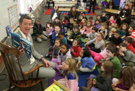 Lt. Gov. Gavin Newsom reads to kindergartners in Sacramento. He wants to be governor. Should he be president?