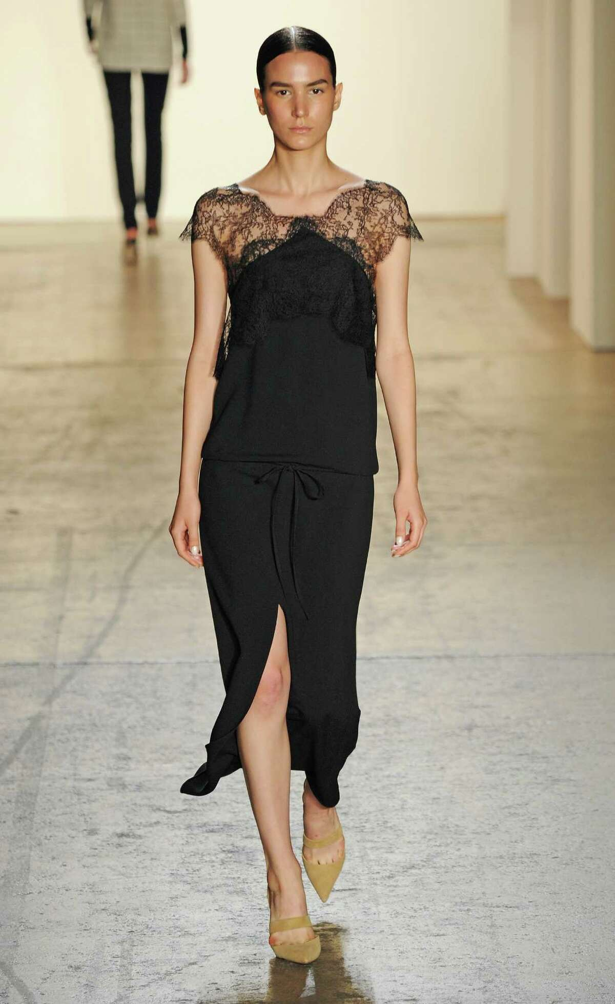 Longer silhouettes in dresses and skirts will be trending for spring 2015 trend as seen in this look from Wes Gordon.