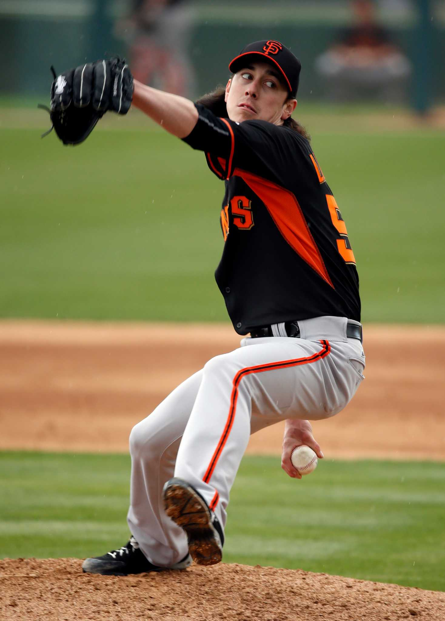 solid first outing encourages giants u2019 tim lincecum