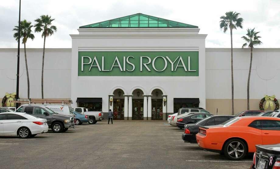 Palais Royal in Meyerland Plaza Mall. (For the Chronicle/Gary Fountain, November19, 2014) Photo: Gary Fountain, Freelance / Copyright 2014 by Gary Fountain