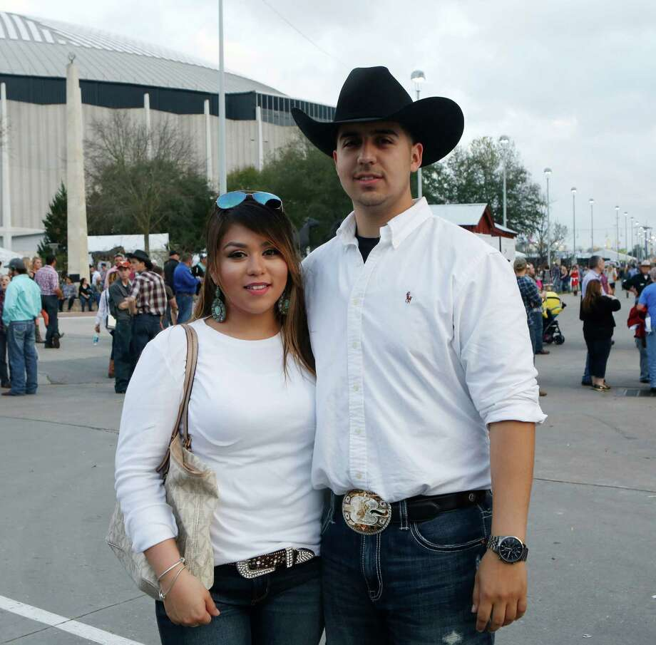 Rodeo fans at the Eric Church concert Tuesday, March 3, 2015. Photo: Jon Shapley, Houston Chronicle / © 2015 Houston Chronicle