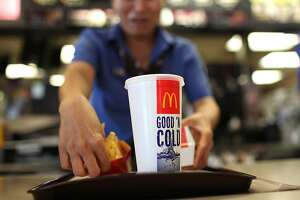 McDonald's dropping human antibiotics from chicken - Photo