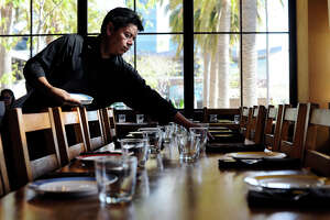 Minimum wage hike hits booming Oakland dining scene - Photo