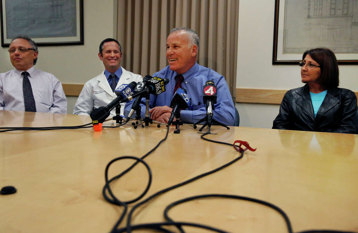 Dr. Bill Bry (center) speaks to the press, with Dr. Robert Osorio (left), Dr. Steven Katznelson and Zully Broussard, a donor.