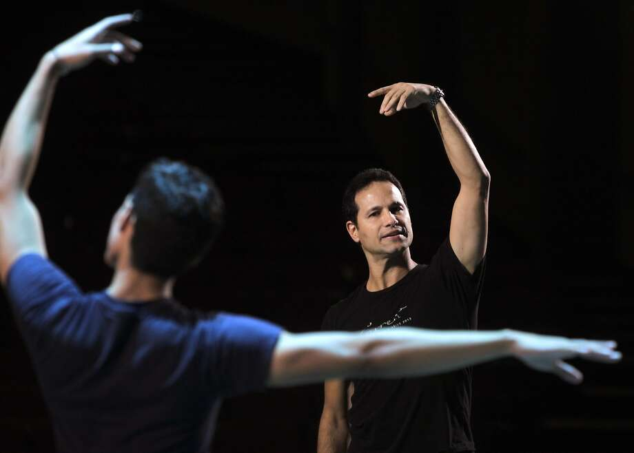 Artistic Director José Manuel Carreño hopes to bring his Ballet San Jose troupe to his native Cuba. Photo: Paul Chinn, The Chronicle