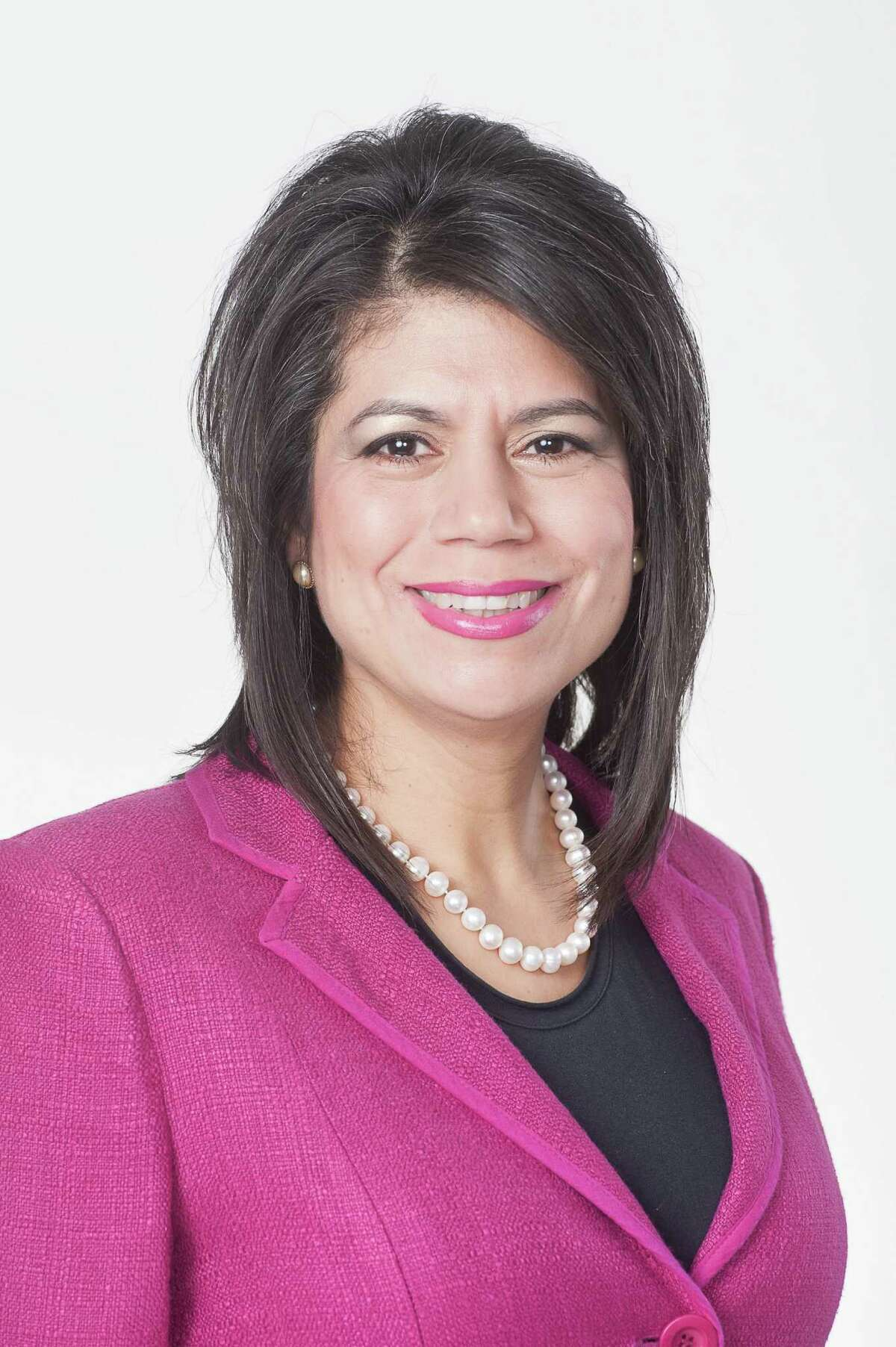 Rep. Carol Alvarado: Online registration is the most cost effective way for Texas to get folks to the polls.