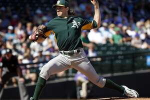 Barry Zito's first spring outing with A's mostly positive - Photo