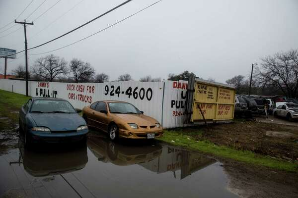 Danny'S Auto Salvage >> City Sues Its Own Board Over Salvage Yard Decision