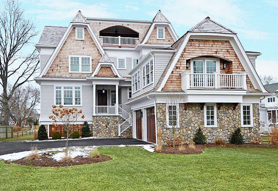 The property at 612 Penfield Road was recently sold for $2,275,000. Photo: Contributed Photo / Fairfield Citizen