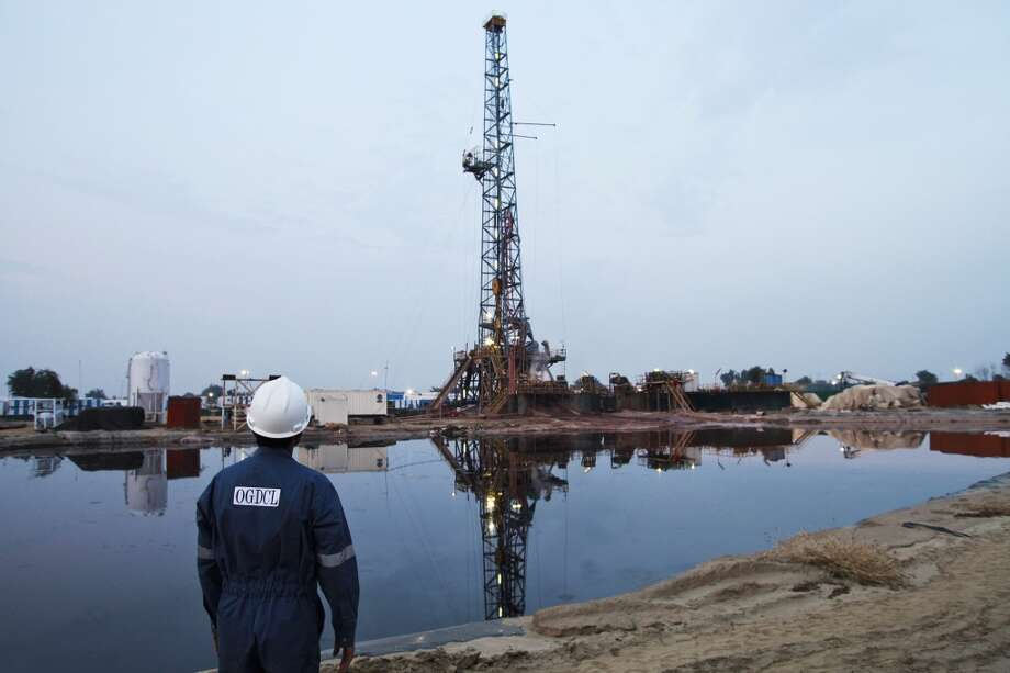 The top 10 countries have 345 billion barrels of technically recoverable shale oil resources combined. Photo: Asad Zaidi, Bloomberg
