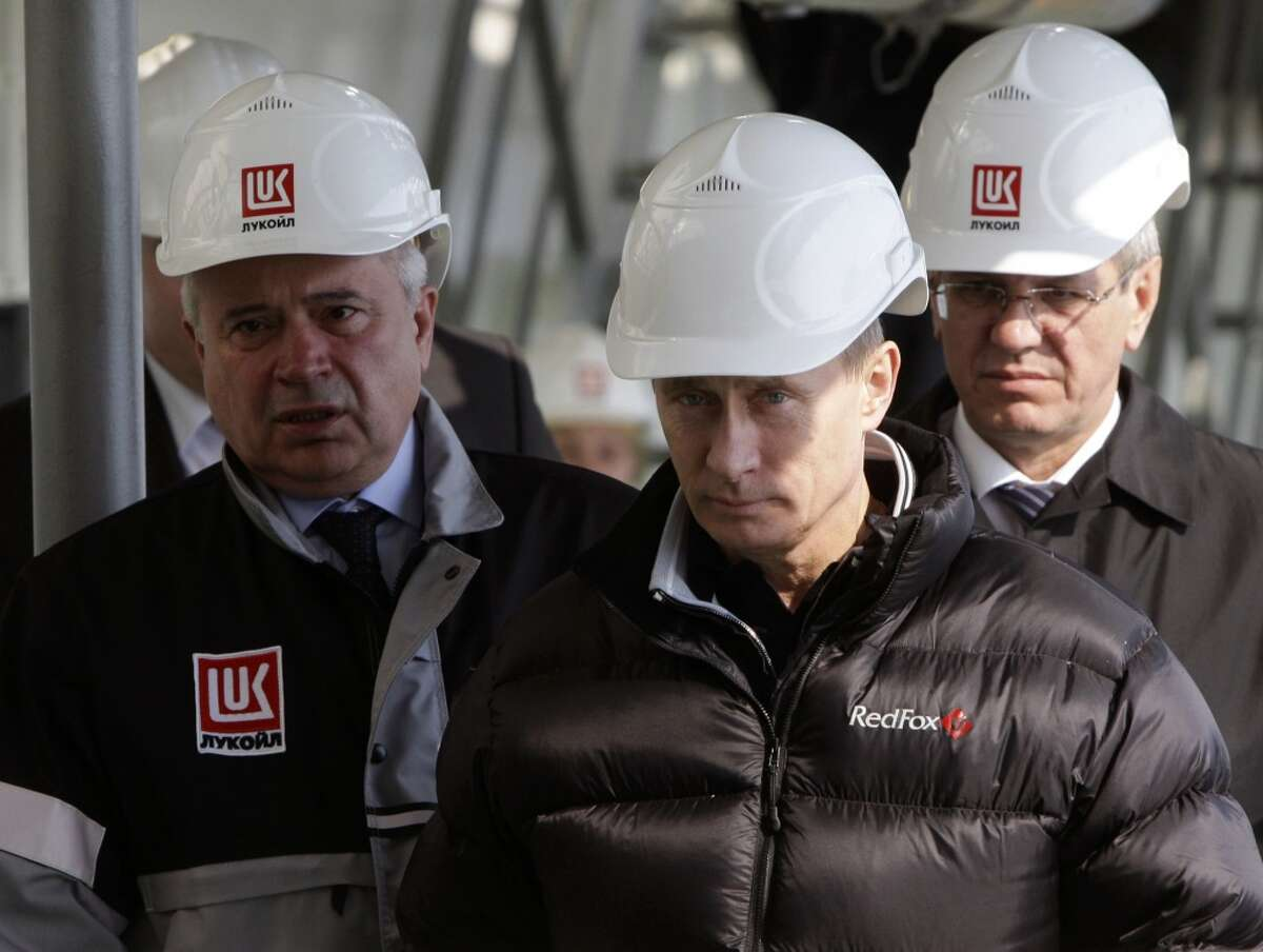 No. 1, Russia 75 billion barrels of technically recoverable shale oil resources