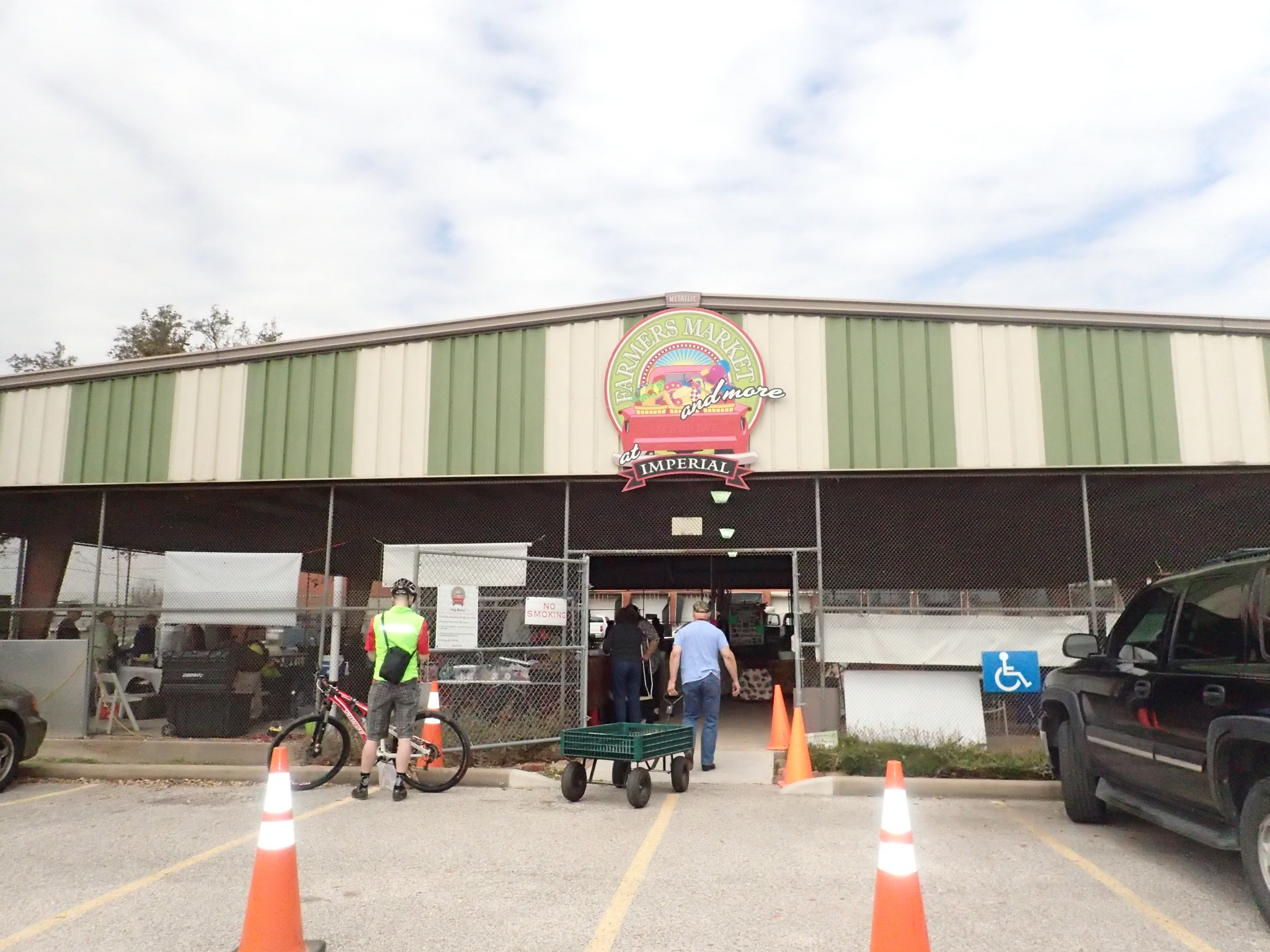 Sugar Land farmers market at Imperial site to close Nov. 18