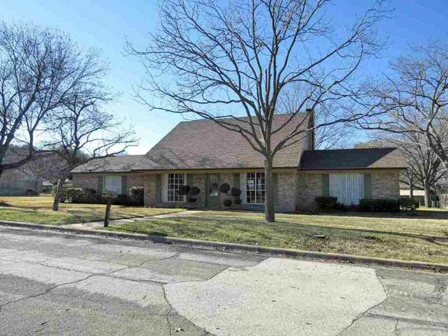 10 homes for sale in waco under 200 000 san antonio for Waco home builders