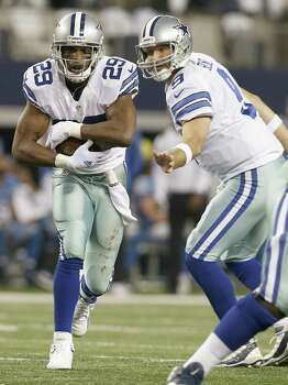 The Dallas Cowboys are taking a calculated risk by allowing running back DeMarco Murray to test the free agent market. Murray set a franchise record with 1,845 rushing yards last season. Photo: Brandon Wade, Photo By Brandon Wade | AP / FR168019 AP