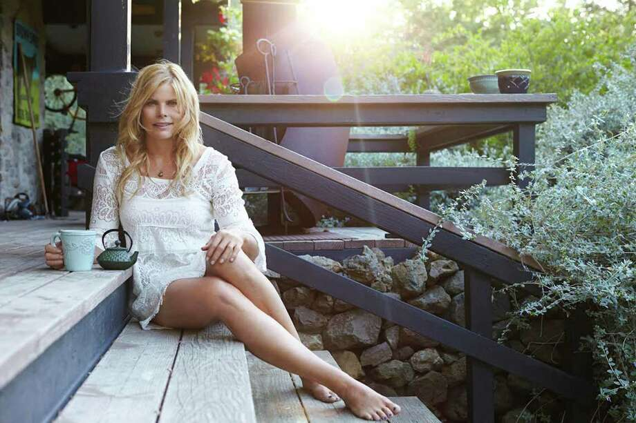 Oscar-nominated actress Mariel Hemingway will headline this yearís Center for HOPE Luncheon on April 8 in Darien. Photo: Contributed Photo / Darien News