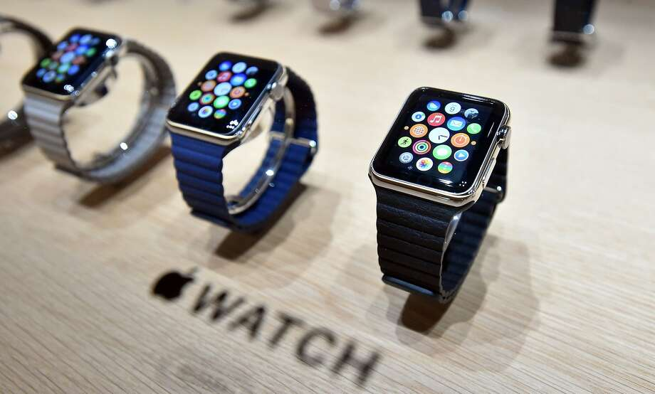 Apple Watches, being dependent on processors, are likely to be susceptible to obsolescence — unlike a mechanical Rolex that's handed down for generations. Photo: Josh Edelson, AFP / Getty Images