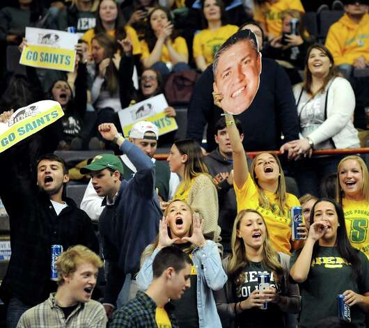 Siena students cheer for their team during their first round game against Niagara in the MAAC Championship on Thursday, March 5, 2015, at Times Union Center in Albany, N.Y. (Cindy Schultz / Times Union) Photo: Cindy Schultz / 10030857A
