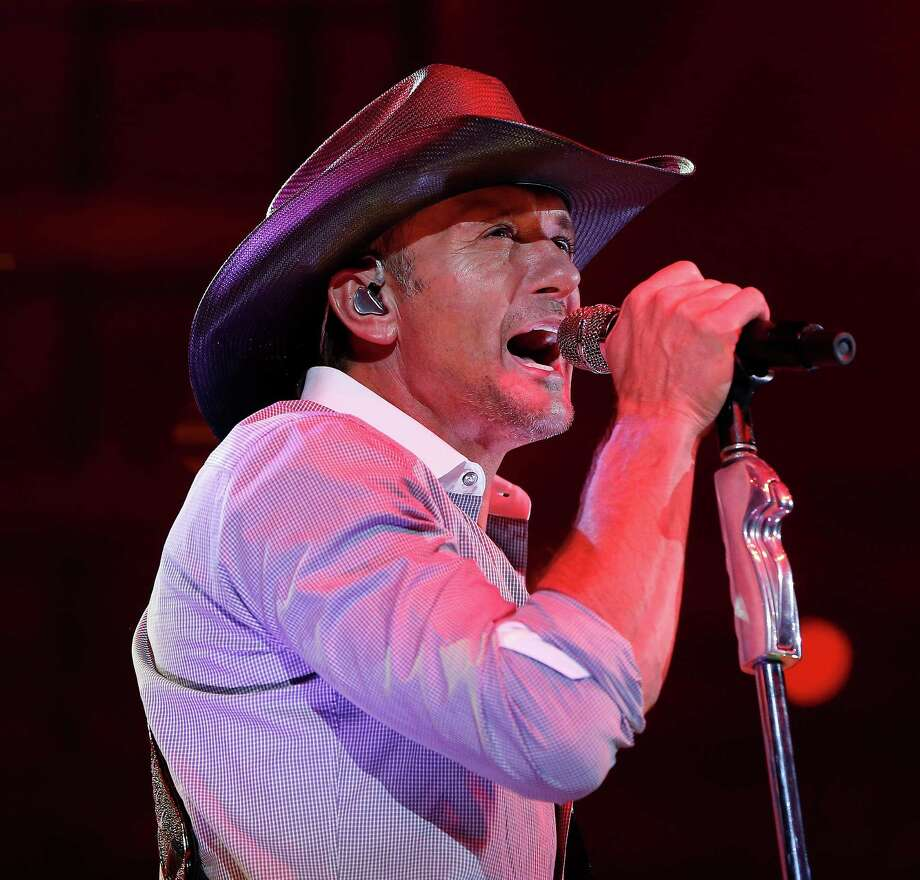 Tim McGraw performs at RodeoHouston on March 10. Photo: Karen Warren, Houston Chronicle / © 2015 Houston Chronicle