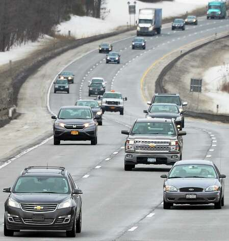 I-87 traffic heads south towards the Riverview Road overpass Tuesday, March 10, 2015, in Clifton Park, NY.  (John Carl D'Annibale / Times Union) Photo: John Carl D'Annibale / 00030965A