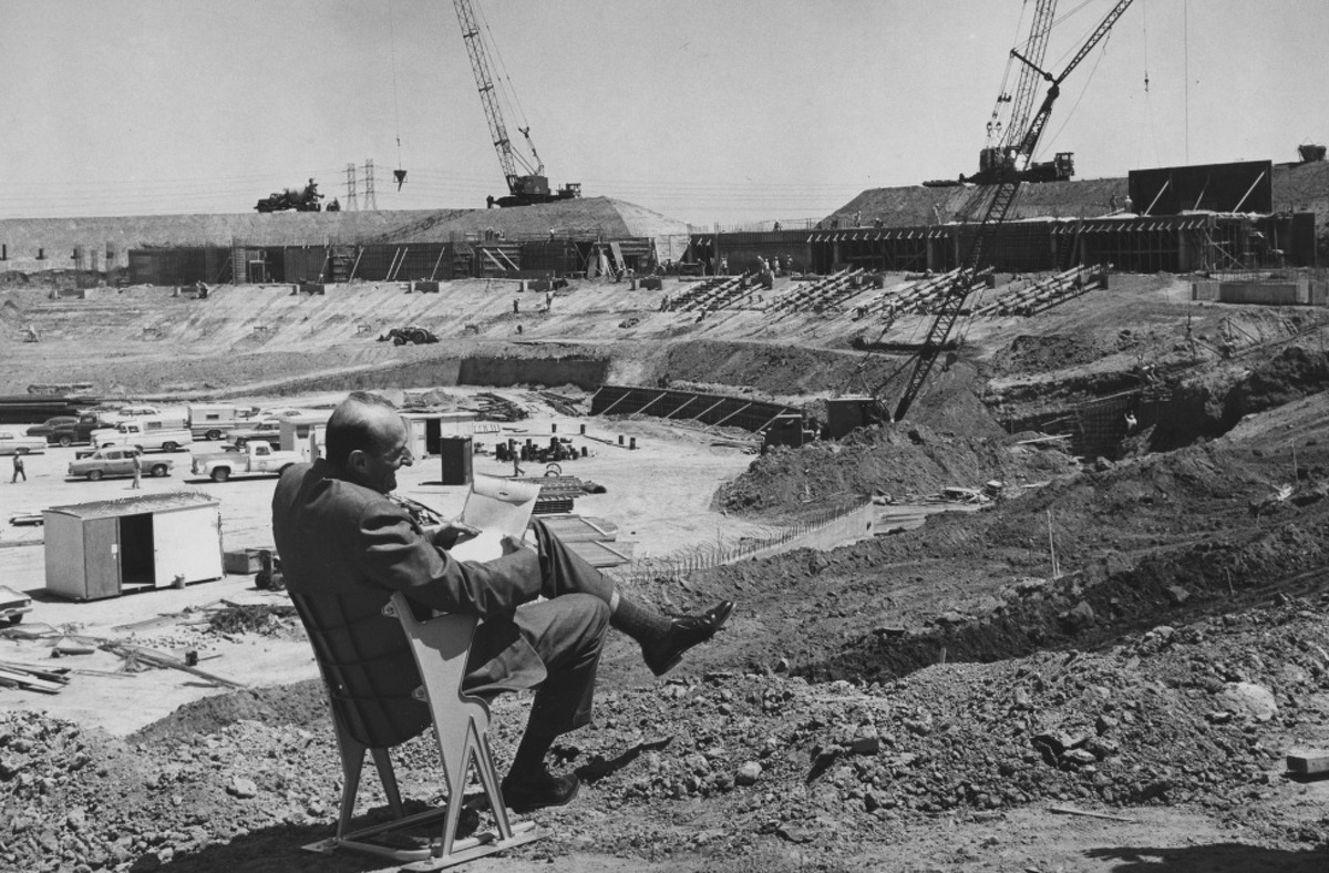 Construction of the Oakland-Alameda County Coliseum complex, 1965 Oakland Coliseum Photo ran 06/12/1965