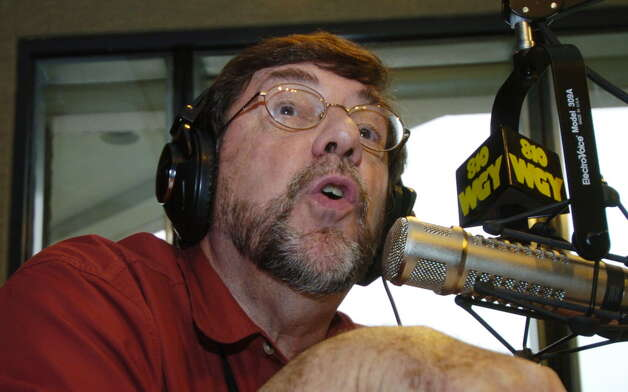 Local radio personality Don Weeks at WGY performs for his audience at their studios in Latham, New York August 30, 2005. (Skip Dickstein / Times Union) Photo: SKIP DICKSTEIN / ALBANY TIMES UNION