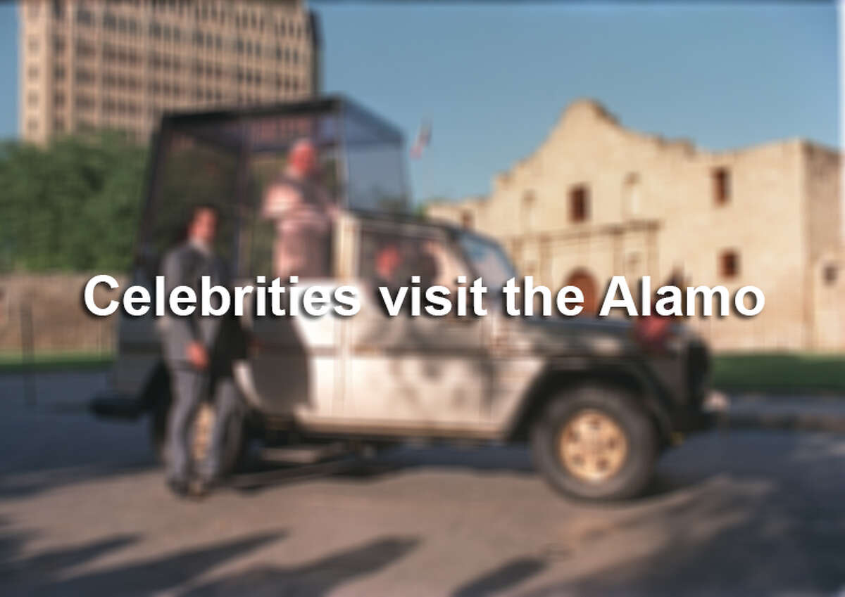 Click through to see the many celebrities who have visited San Antonio and taken a moment to honor the Alamo.