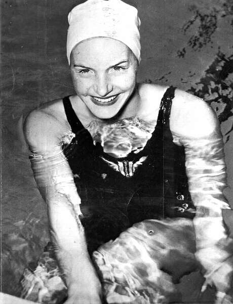 April 5, 1948: San Francisco swimmer Ann Curtis at the Crystal Plunge. Curtis won several medals at the 1948 Olympic Games. Photo: Chronicle File, The Chronicle