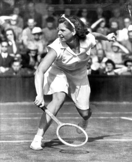 Margaret Osborne keeps her eye on the ball during a 1946 tennis match. Photo: Chronicle File, The Chronicle