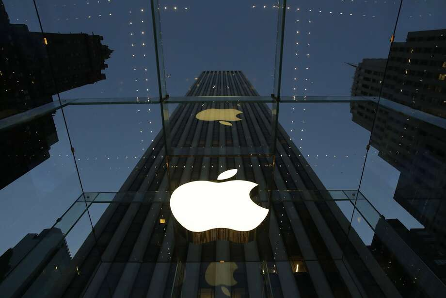 While they were locked out during Wednesday's problems, exasperated Apple users vented in social media and online forums. Photo: Mark Lennihan, Associated Press