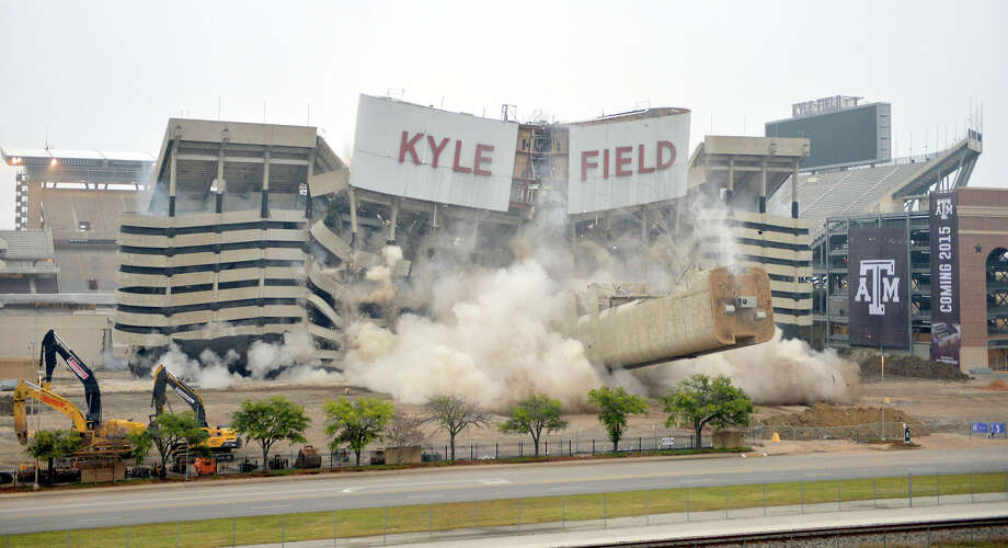 The Texas A&M faithful get their first inside look this weekend at the rebuilt west side of Kyle Field. The old west side was imploded Dec. 21. Photo: Sam Craft, MBR / College Station Eagle