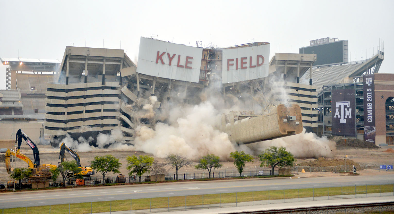 Former Students Taking Battle Over Kyle Field To Federal Court Houstonchronicle Com