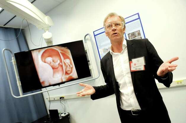 Anders Wold, president and CEO of GE ultrasound, talks about the image quality of their ultrasound invention on Wednesday, March 11, 2015, at GE Global Research on Niskayuna, N.Y. (Cindy Schultz / Times Union) Photo: Cindy Schultz / 00030972A