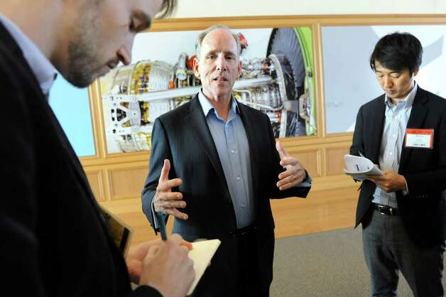 Mark Little, director of GE Global Research, center, takes questions from the media following a tour on Wednesday, March 11, 2015, at GE Global Research on Niskayuna, N.Y. (Cindy Schultz / Times Union) Photo: Cindy Schultz / 00030972A