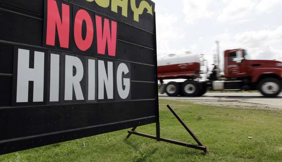 Look for the right rebound jobThe oil and gas industry isn't laying off workers across the board -- companies still need workers in construction,  engineering and quality assurance even as the sector slides into a downturn. Photo: Eric Gay, Associated Press