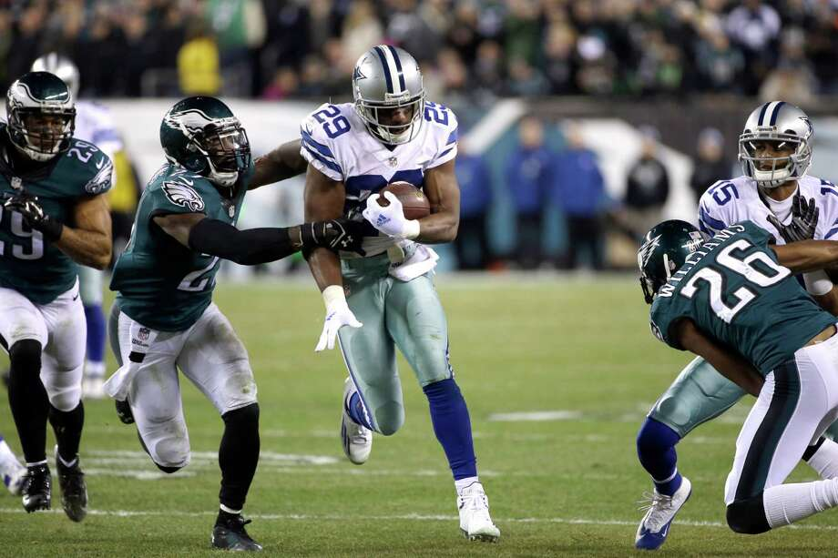 DeMarco Murray helped Dallas win the NFC East last season while rushing for a franchise-record 1,845 yards. Photo: Michael Perez, FRE / FR168006 AP