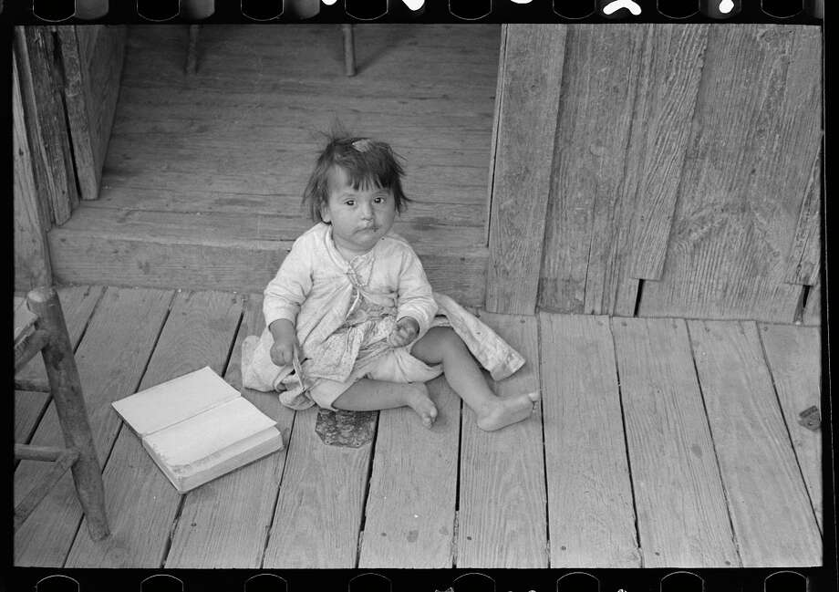 Historical photos archived by the U.S. Library of Congress show the harsh conditions San Antonio residents lived under during the Great Depression. Photographs taken by the U.S. Farm Security Administration among other federal agencies display how many citizens lived in squalor during one of the nation's darkest periods. Photo: Library Of Congress, Prints & Photographs Division