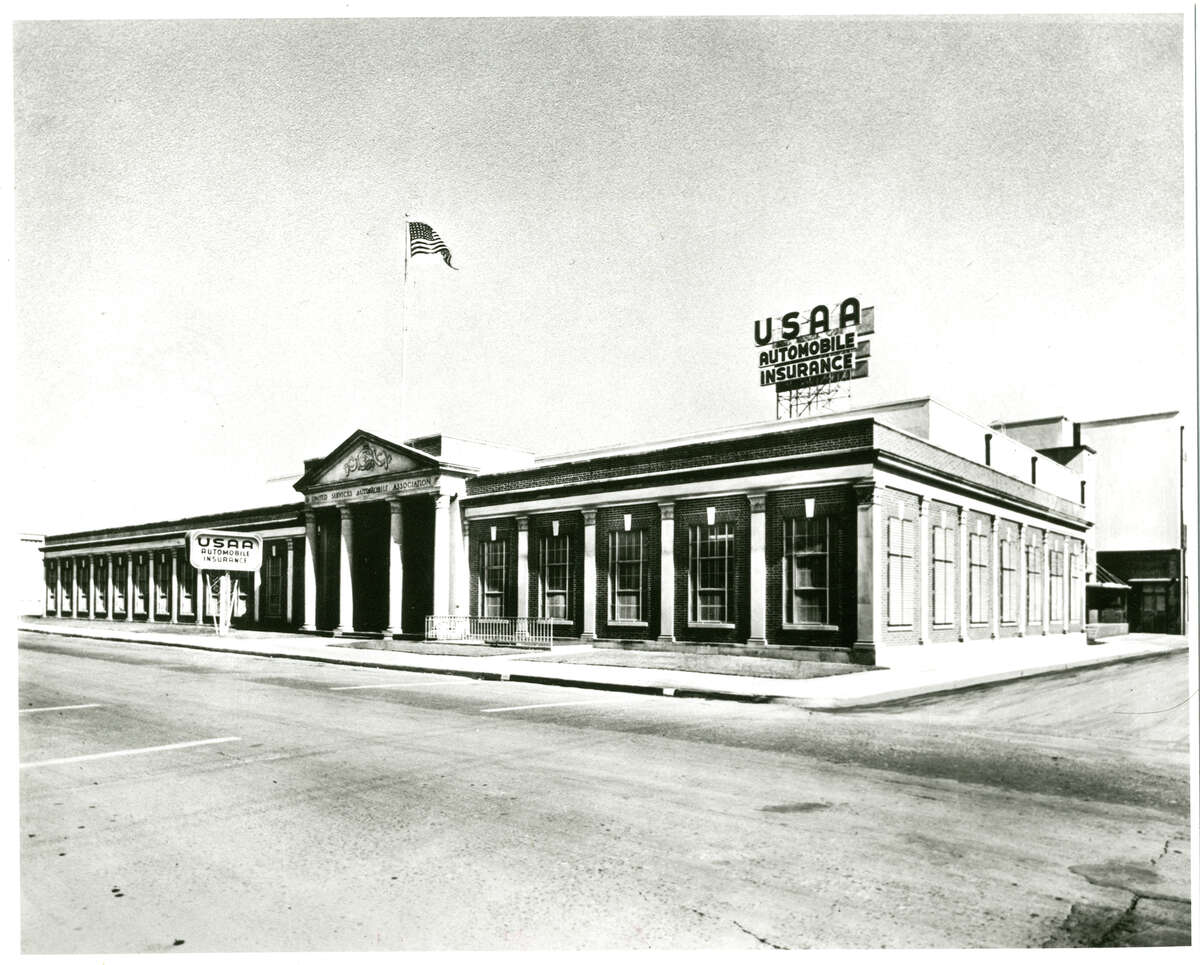 USAA's Grayson Street building across the street from Fort Sam Houston was USAA's home for 29 years (1927 - 1956).