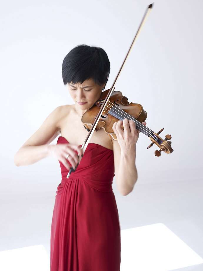 Jennifer Koh gave a gripping violin recital. Photo: Juergen Frank