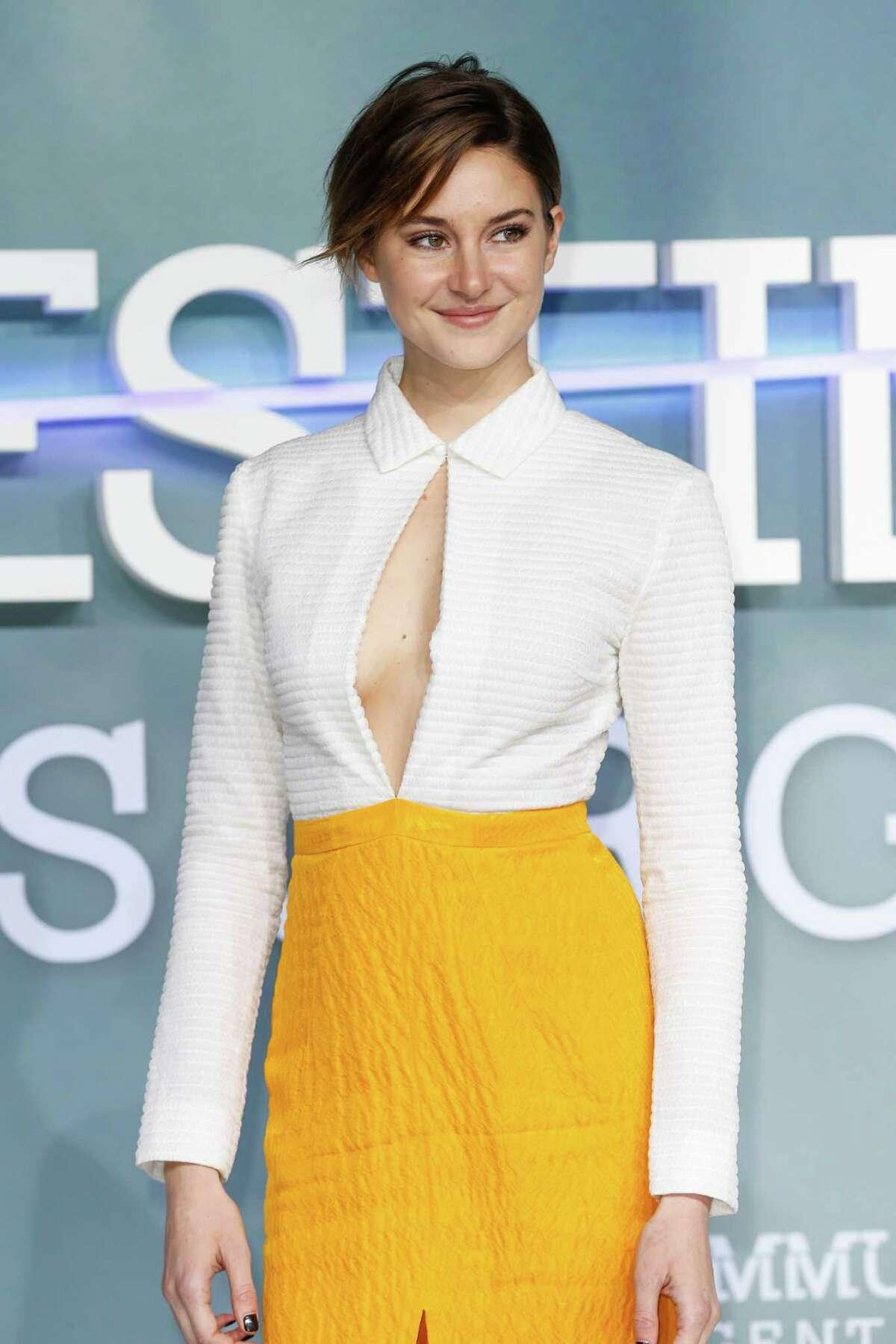 Shailene Woodley attends the 'Die Bestimmung - Insurgent' German Premiere on March 13, 2015 in Berlin, Germany.