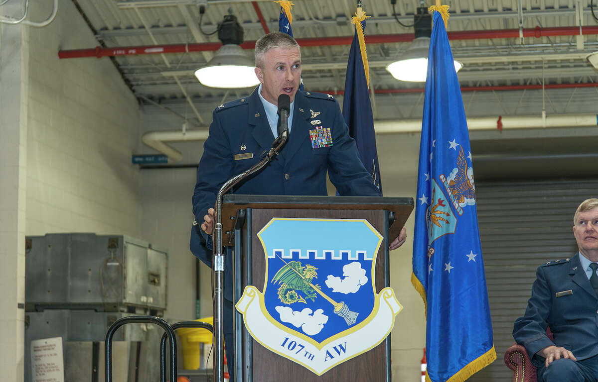 Air National Guard Air National Guard Col. Robert Kilgore addresses his 107th Airlift Wing members following his change of command ceremony at the Niagara Falls Air Reserve Station, Niagara Falls.
