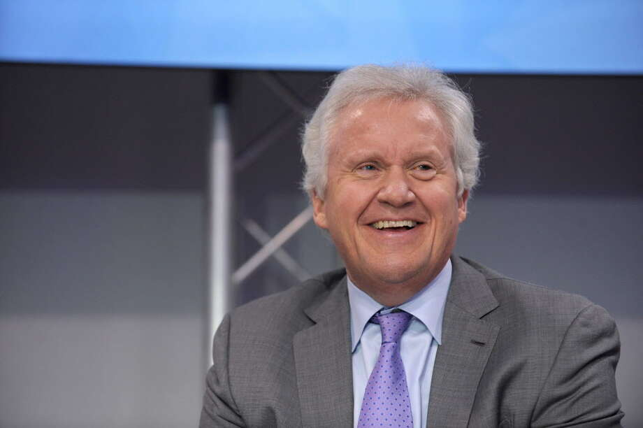 """General Electric (GE) CEO Jeffrey Immelt takes part in the first """"Economy Summit"""" organised by French magazine Challenges and the forum """"Osons La France"""" at the Grand Palais in Paris on December 5, 2014. AFP PHOTO ERIC PIERMONTERIC PIERMONT/AFP/Getty Images ORG XMIT: - Photo: ERIC PIERMONT / AFP"""
