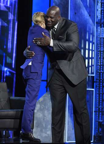 Justin Bieber, left, and Shaquille O'Neal embrace at the Comedy Central Roast of Justin Bieber at Sony Pictures Studios on Saturday, March 14, 2015, in Culver City, Calif. Photo: Chris Pizzello, Associated Press