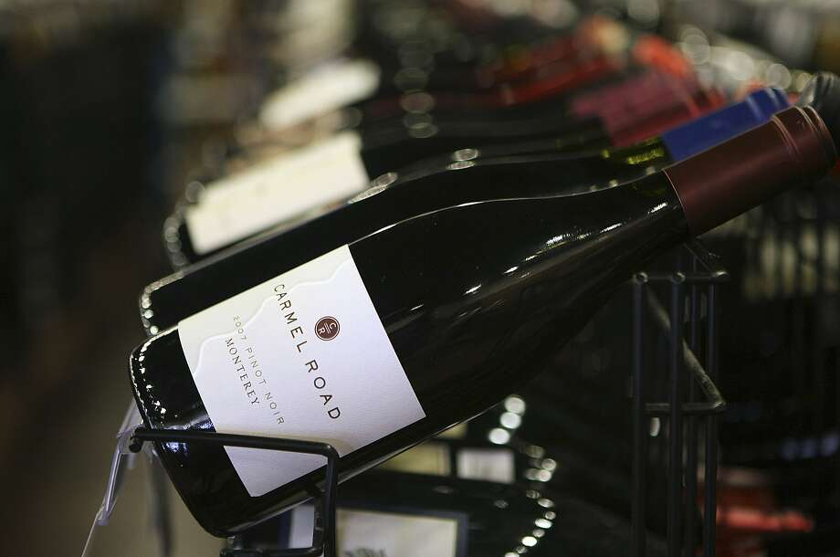 """Rep. Jackie Speier introduced legislation that would overturn a pre-Prohibition restriction on shipping so-called """"spirituous, vinous, malted, fermented, or other intoxicating liquors"""" to consumers through the U.S. mail. Photo: Helen L. Montoya, SAN ANTONIO EXPRESS-NEWS"""