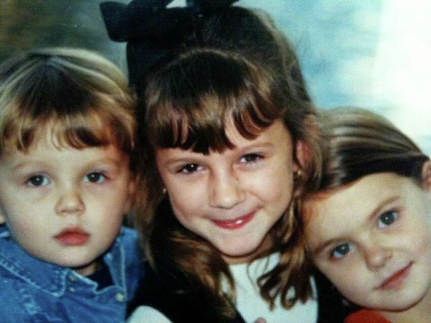 Joy Veron's three children in 1999, shortly before the accident that left their mother paralyzed: Elliot,then 2; Chloe, then 7; and Annie, then 5.